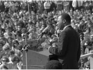 Martin Luther King Jr. speaks at the U of Minn., 1