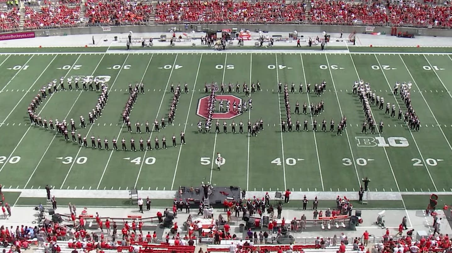 Ohio State Marching Band pay tribute to Queen.