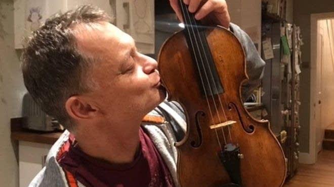 Stephen Morris with returned violin