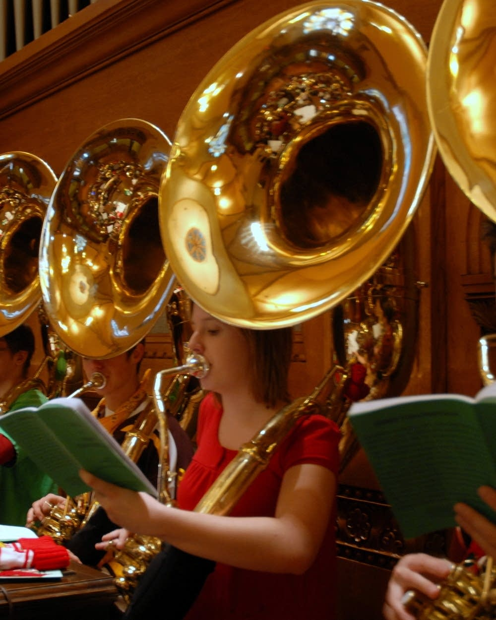 Tuba Christmas.The Tuba Takes Center Stage At Tuba Christmas Mpr News
