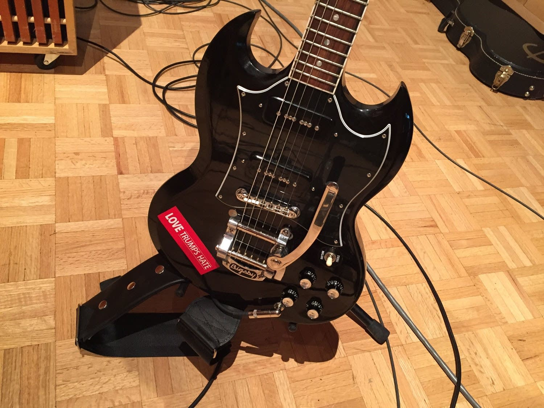 Adia Victoria guitar
