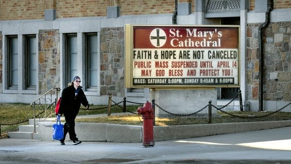"""A sign at a church reads """"Faith and hope are not canceled."""""""