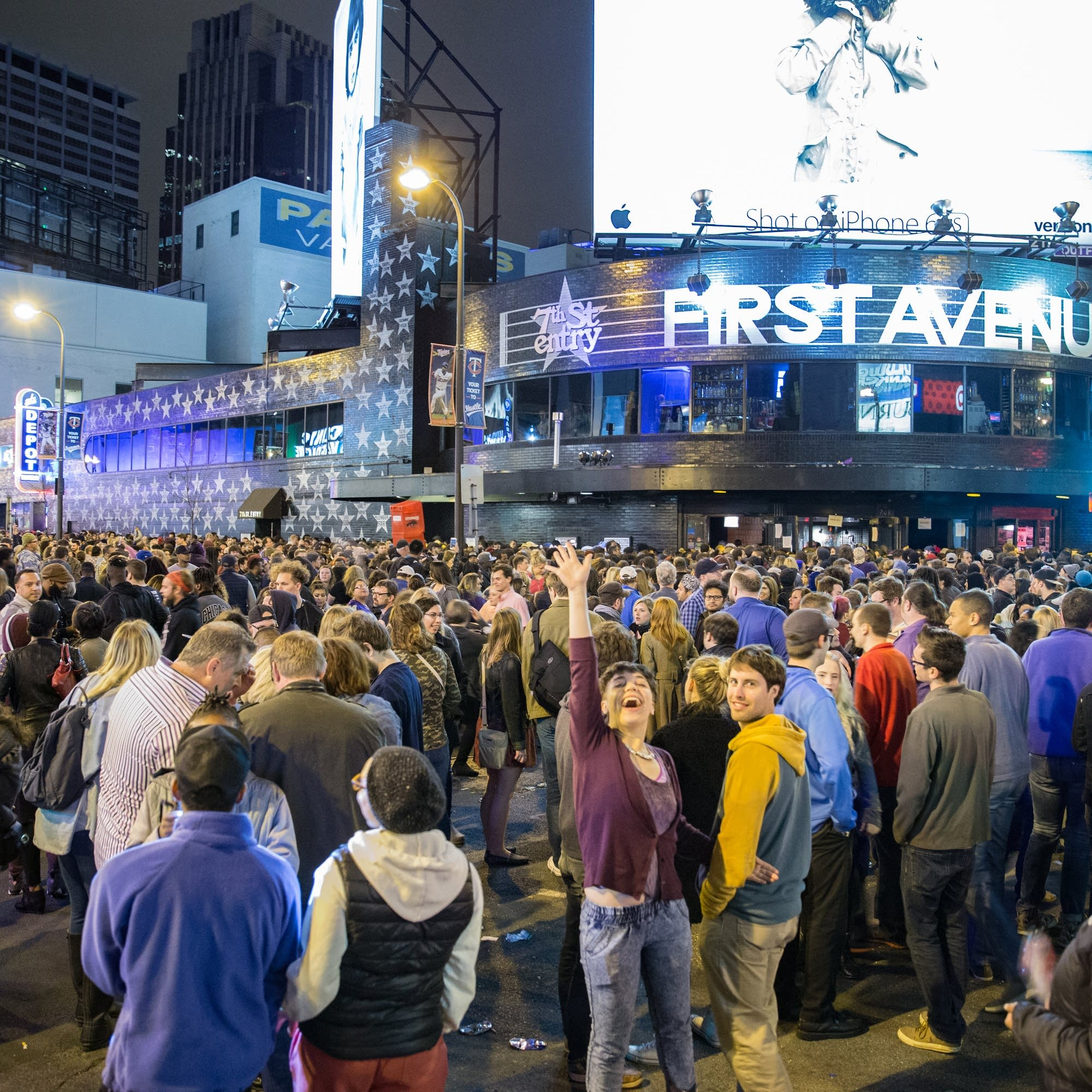 Crowds outside of First Ave in Minneapolis.