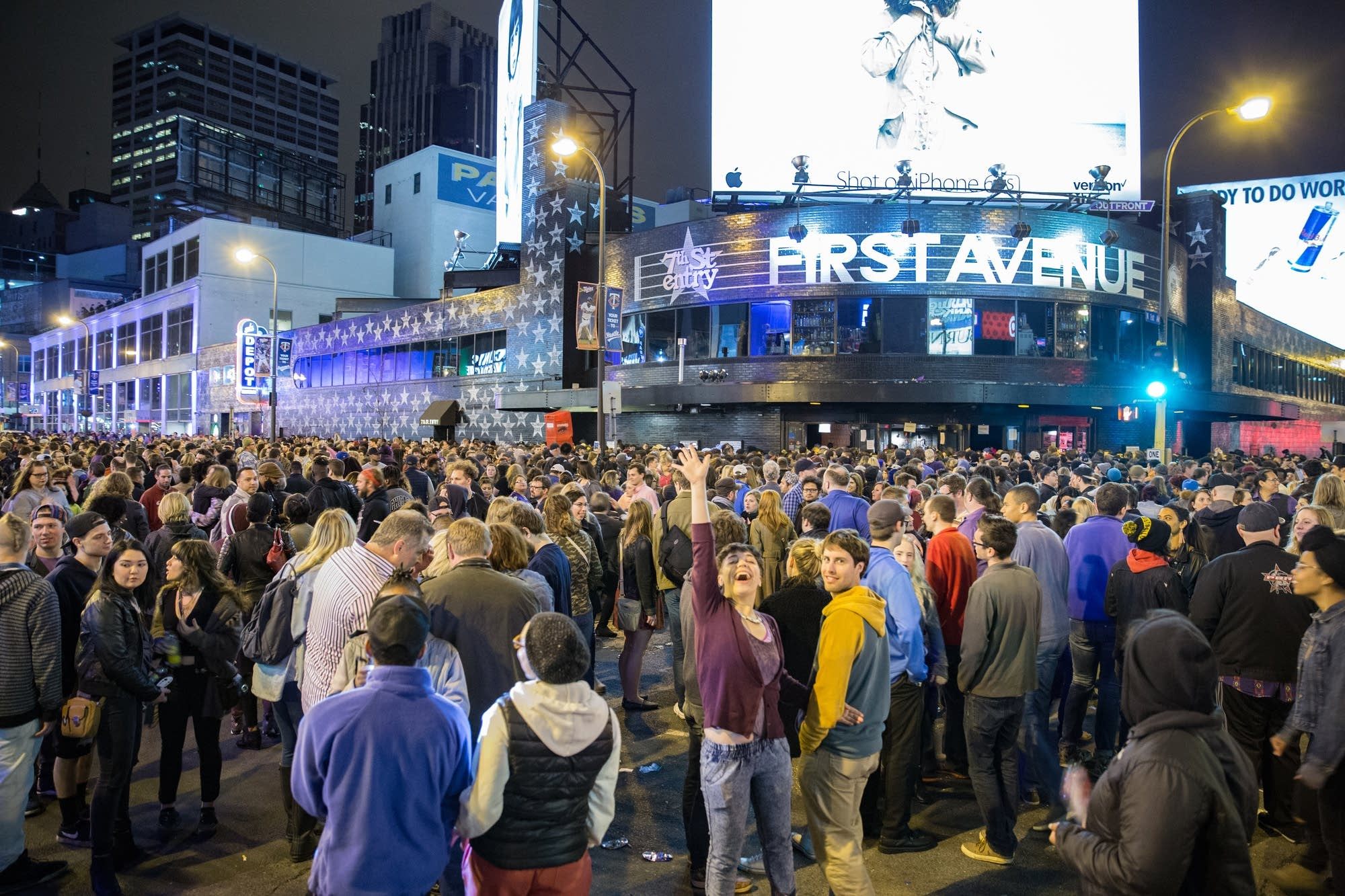 Crowds outside of First Ave in Minneapolis after Prince's death