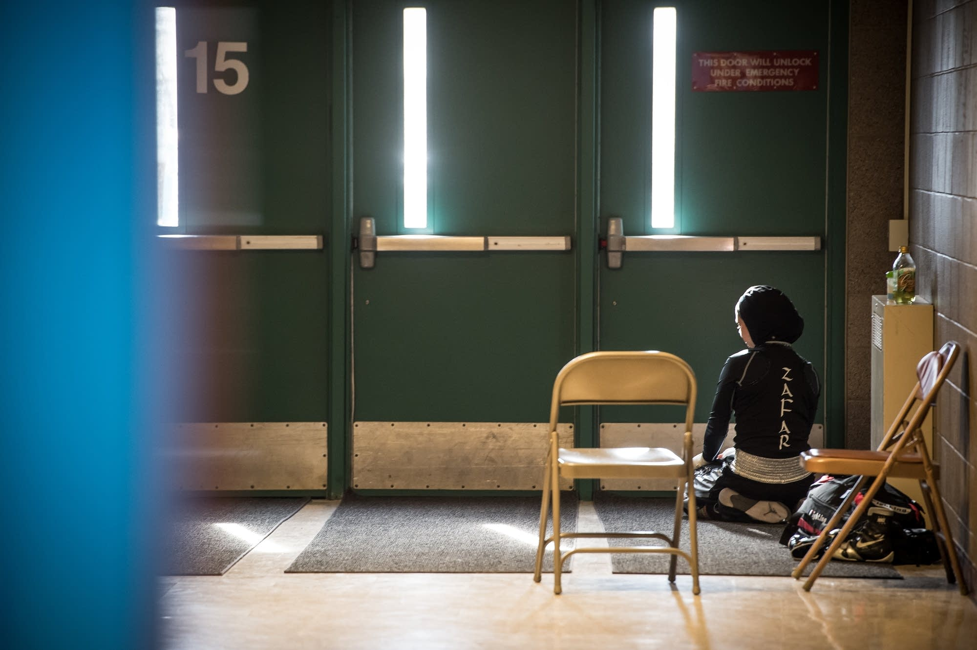 Amaiya Zafar spends time alone for afternoon prayer before the bout.