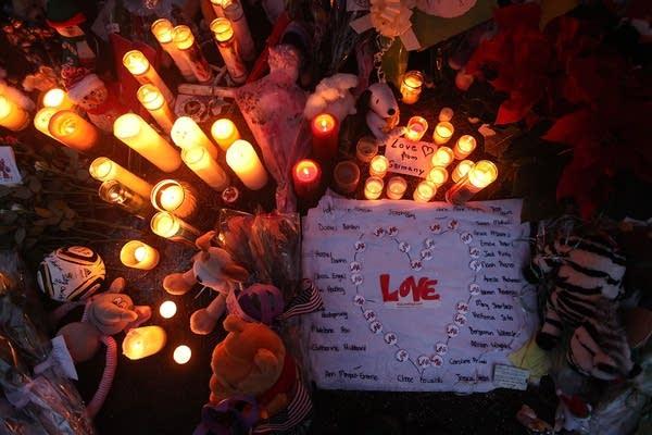 Sandy Hook Elementary School memorial