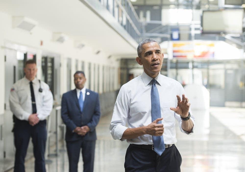 President Obama visiting El Reno Federal Correctio