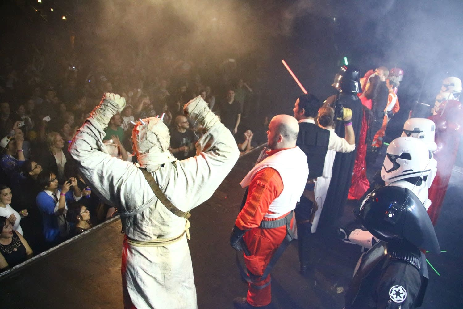 Star Wars characaters onstage at First Avenue 4