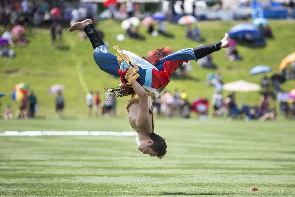 At Twin Cities Hmong festival, athletes, artists and food share top bill