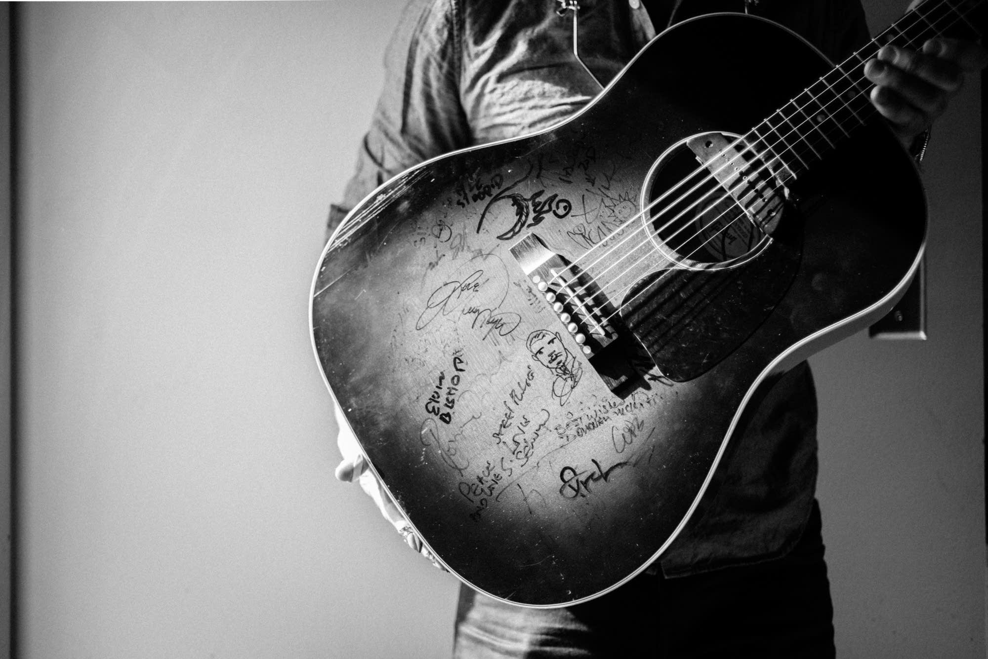 g love guitar 2