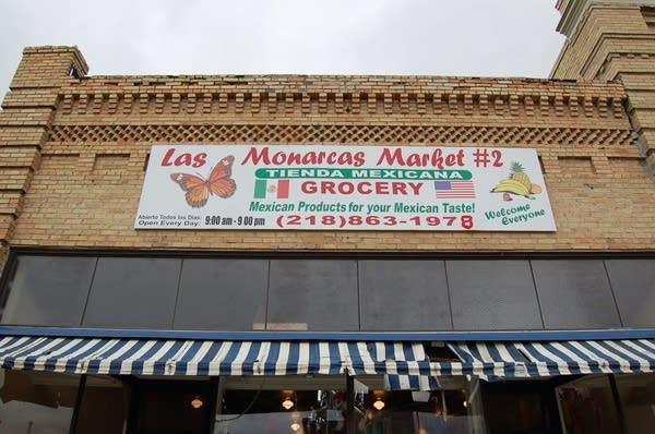 Monarcas Market