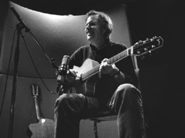 Leo Kottke at the guitar