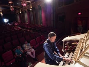 Heights Theater Organist