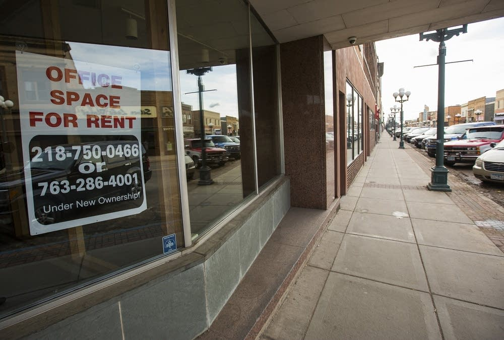 Storefronts for rent in Virginia, Minn.