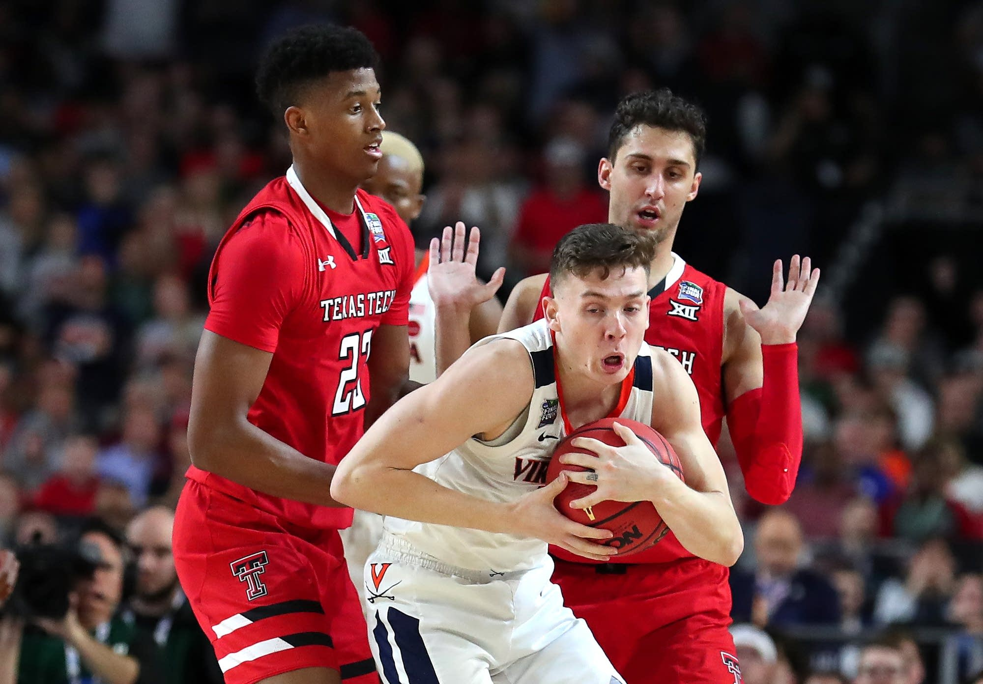 NCAA men's national championship - Texas Tech v Virginia