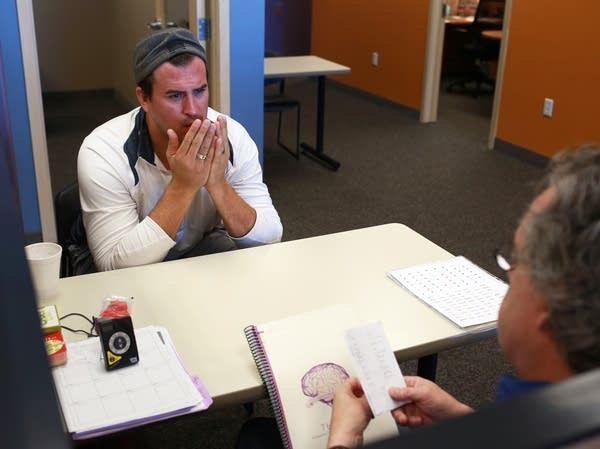 Ben Utecht concentrates during a brain training session.