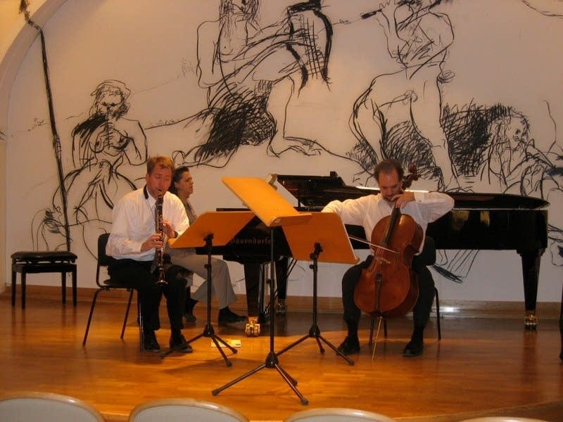 Trio Montecino