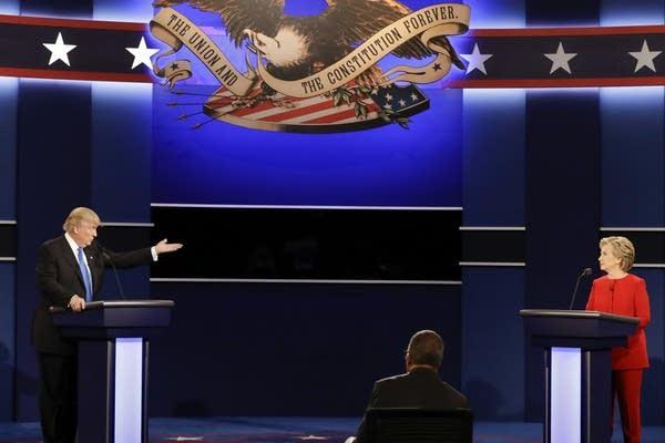 Trump gestures during first debate