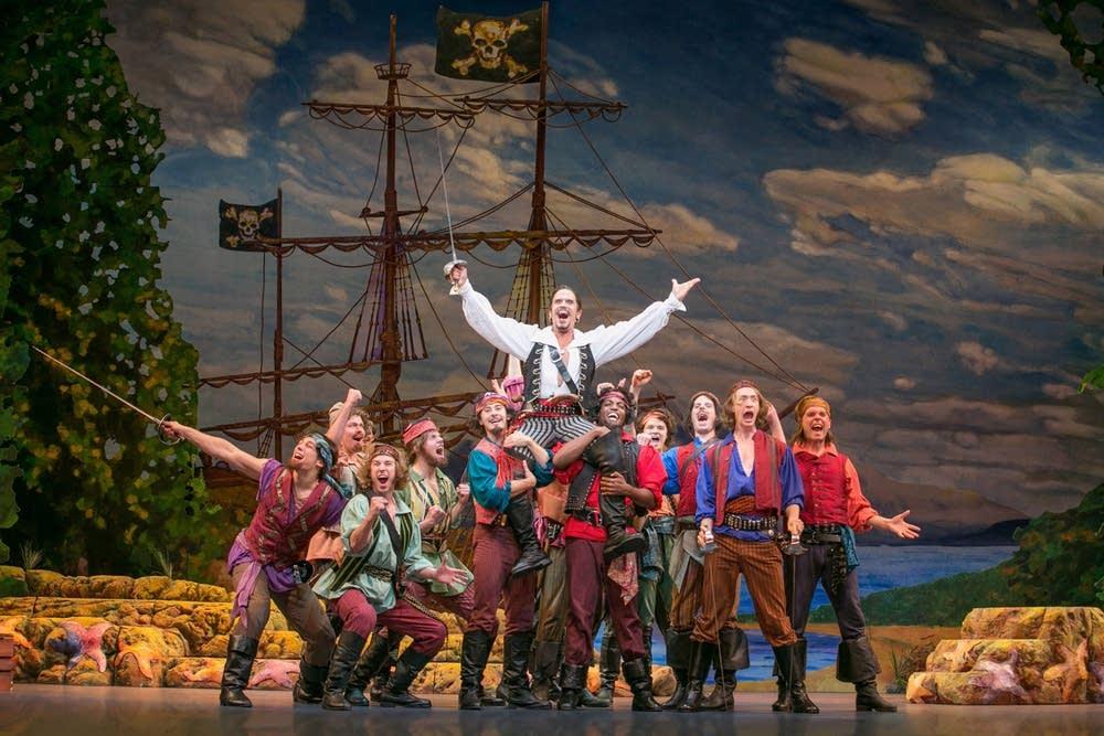 'The Pirates of Penzance' cast photo.
