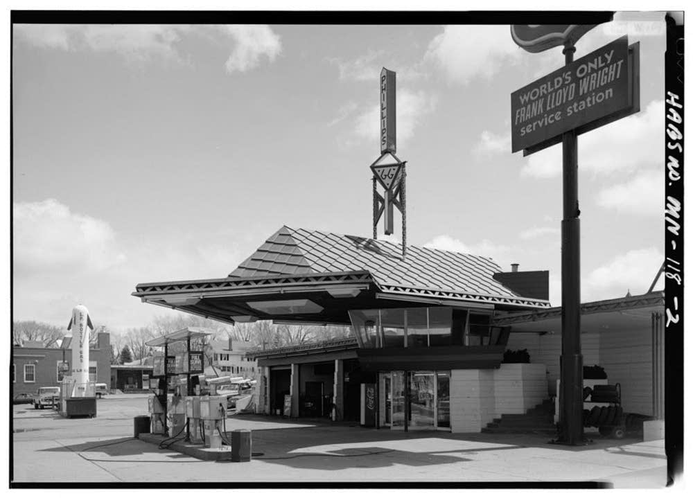 Wright's gas station