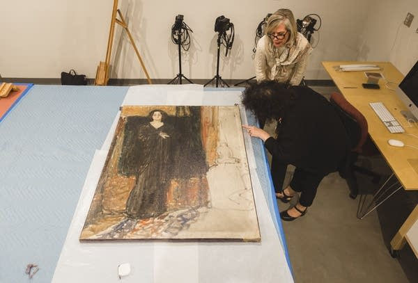 Experts set to tackle Munch art mystery at St. Olaf.