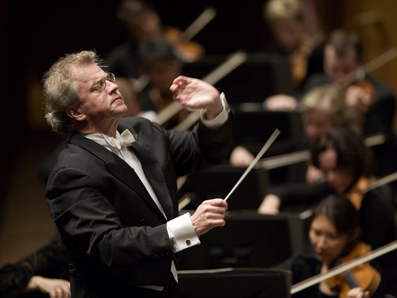 Osmo Vanska conducts at Orchestra Hall