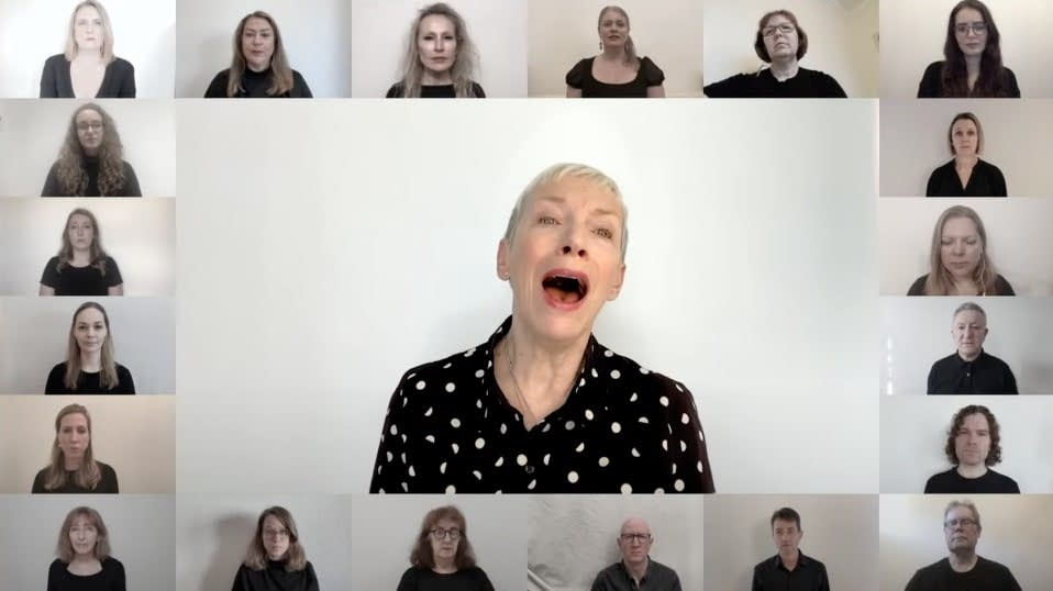 Annie Lennox - Dido's Lament with London City Voices
