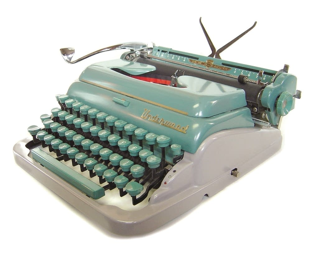 An Underwood Deluxe Quiet Tab
