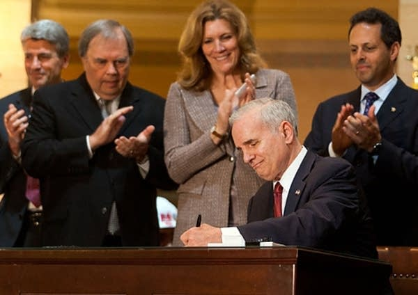 Dayton signs stadium bill