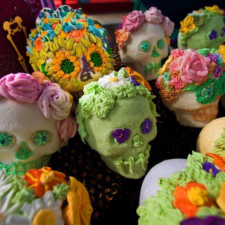 dia de los muertos sweets