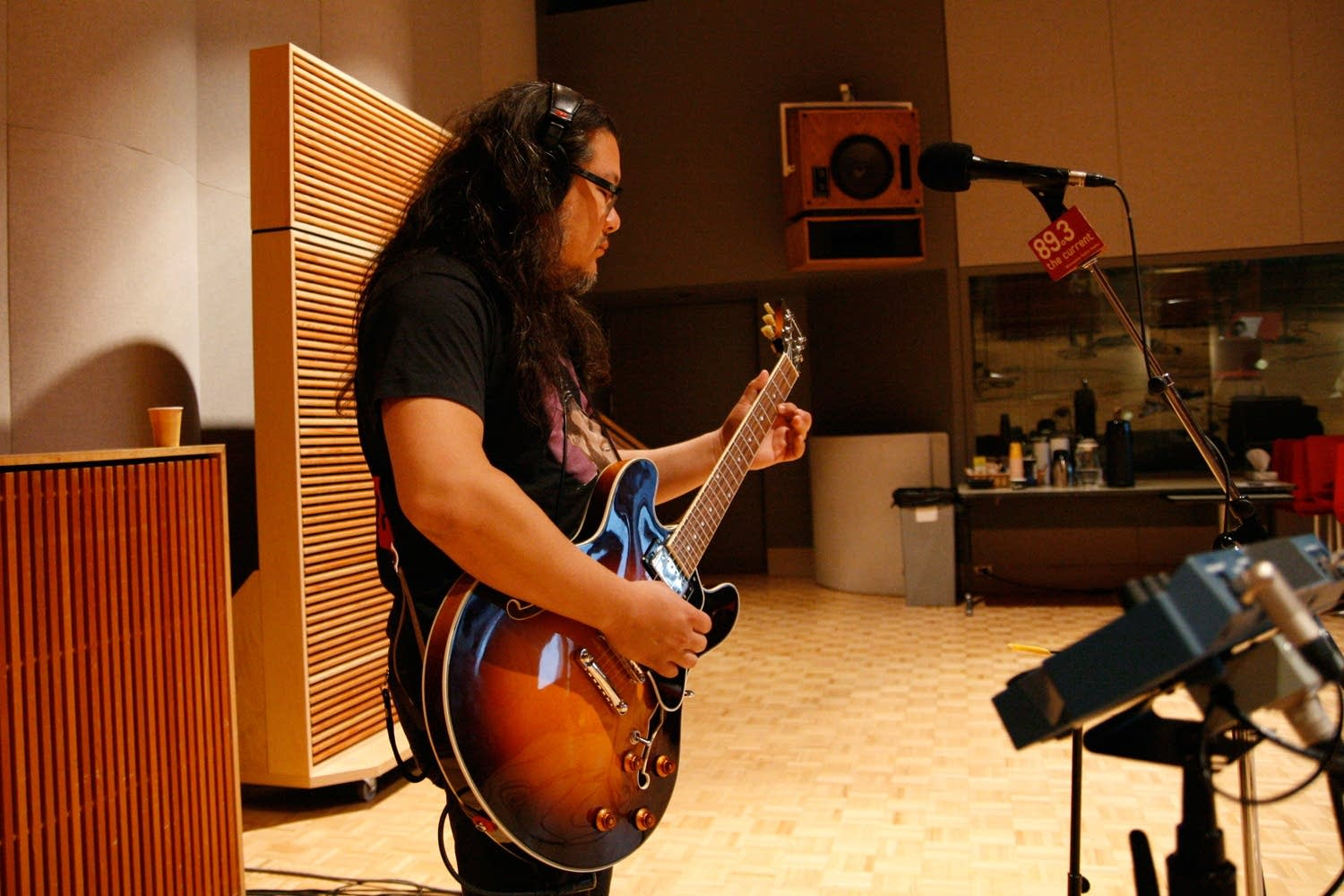 Bobb Bruno plays guitar in The Current studio