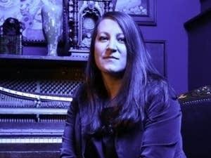 Mezzo-soprano Clara Osowski