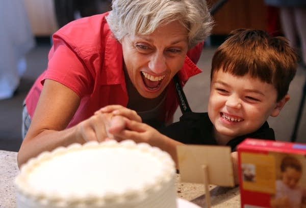 Joking about sampling cake