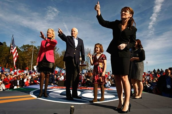 John McCain campaigns in Ohio with Sarah Palin
