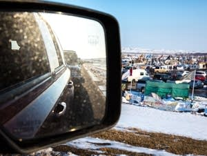The line of cars waiting to enter Oceti Sakowin