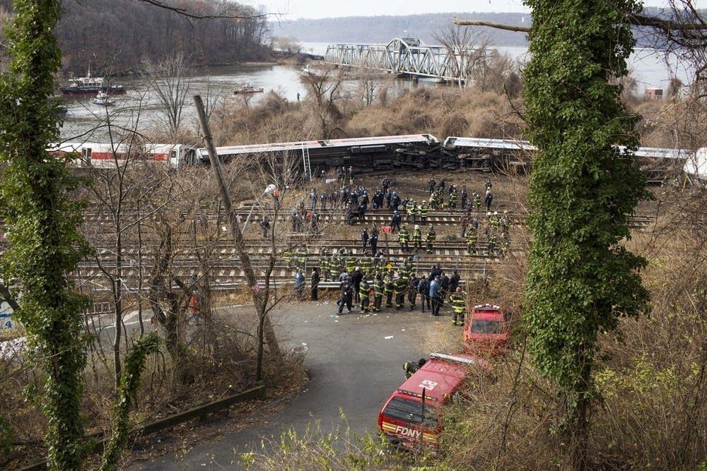 New York City train derails