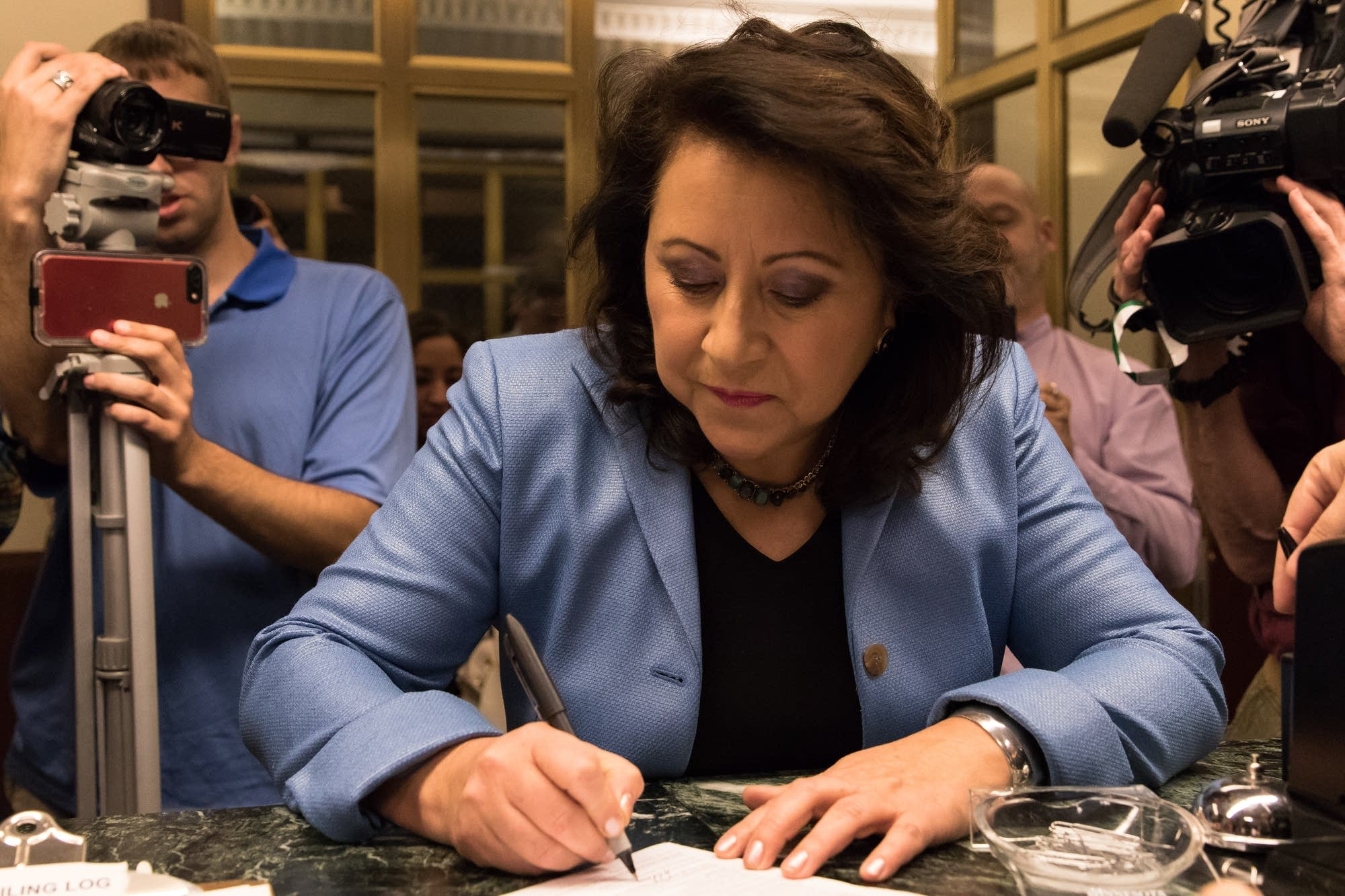 State Sen. Patricia Torres-Ray files to run congress.
