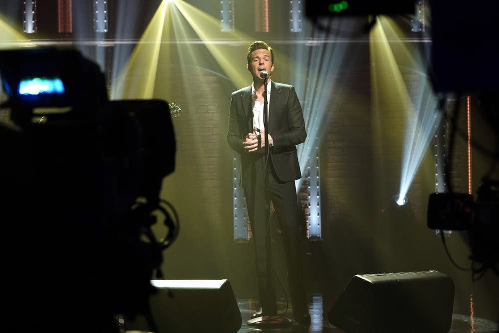 Brandon Flowers performs on 'Late Night with Seth Meyers'