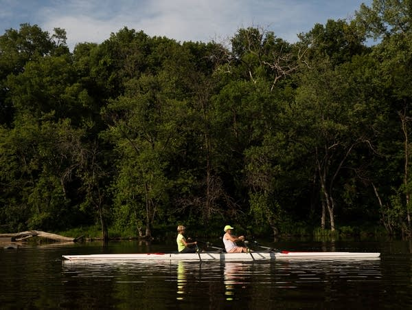 Rowing on the Mississippi River