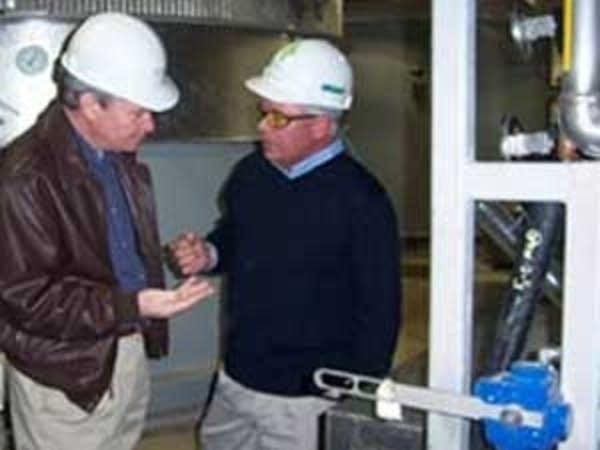 Johnson tours ethanol plant