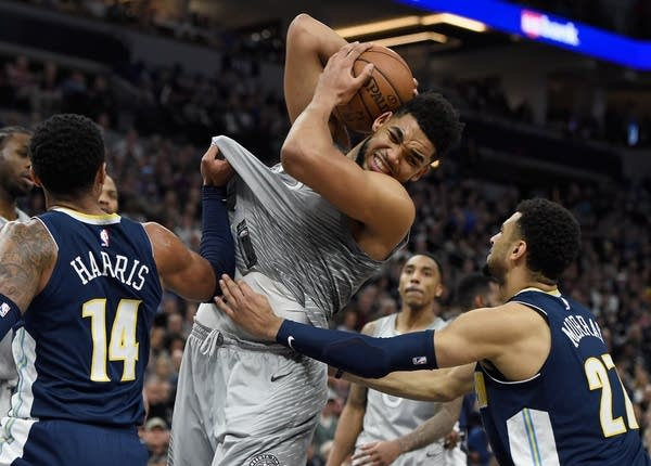 Timberwolves Howl Beat Nuggets In Ot To Reach Playoffs Mpr News
