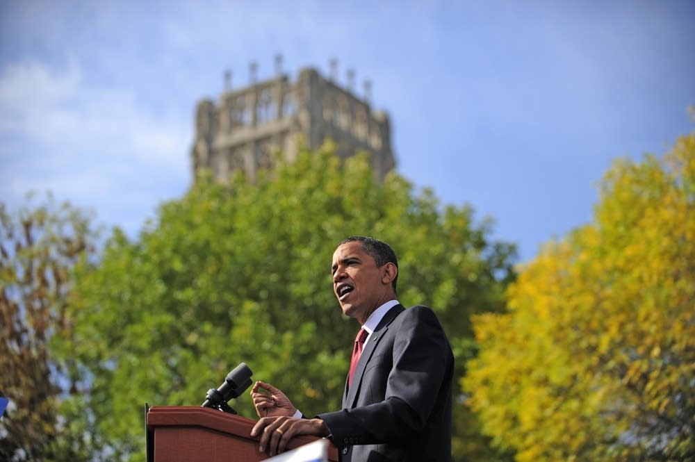 Barack Obama speaks at the American Legion Mall