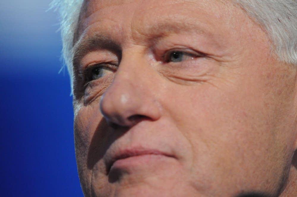 Bill Clinton endorses Obama for U.S. president