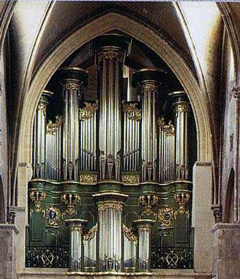 1754 Dom Bedos; 1985 Quoirin organ at Église Sainte-Croix [Holy Cross],...