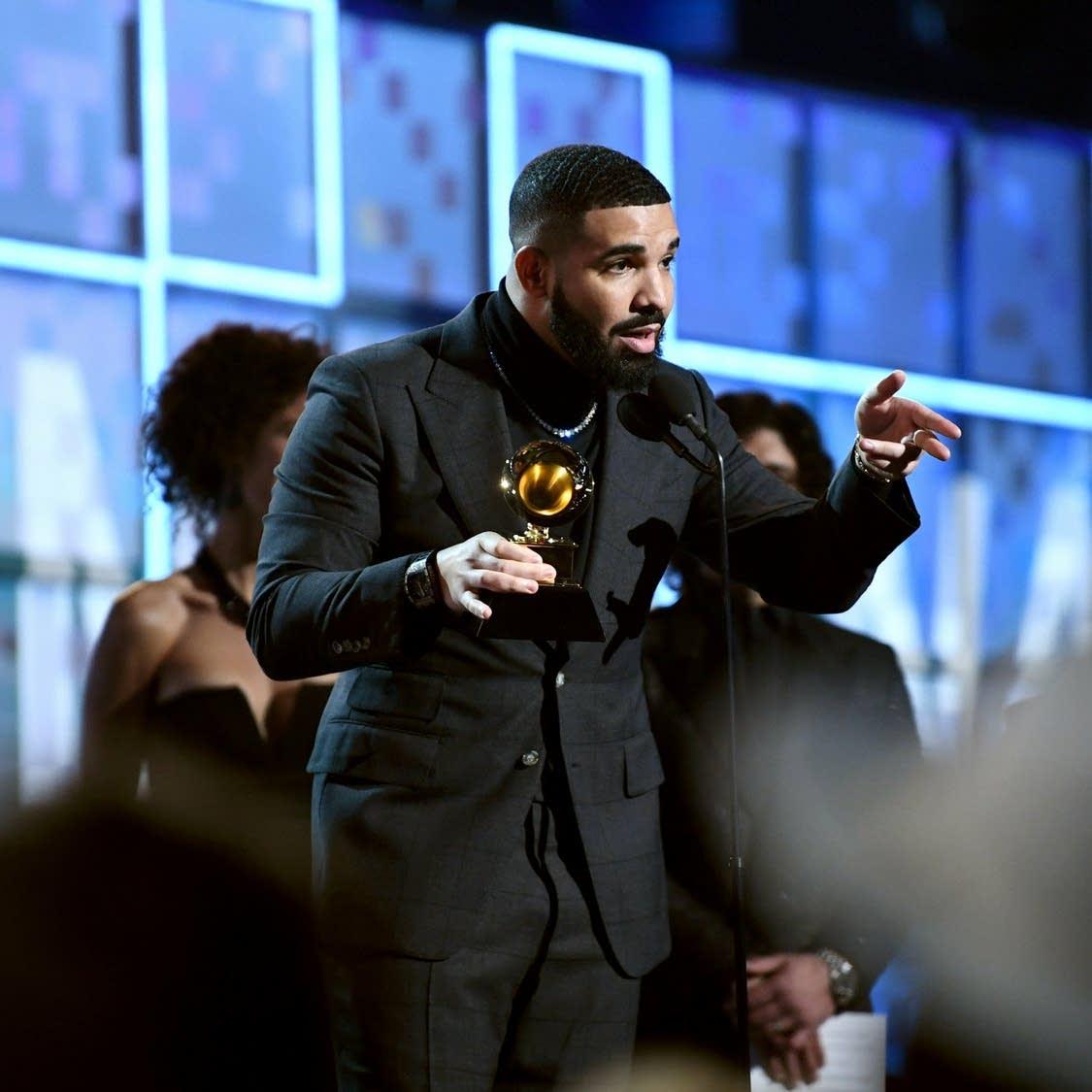 Drake speaking at the 2019 Grammy Awards