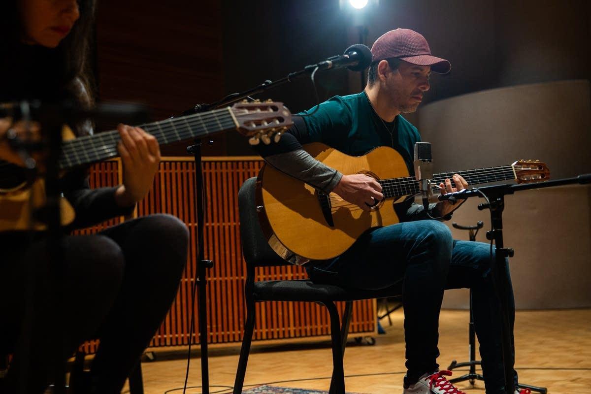 Rodrigo y Gabriela perform in The Current studio