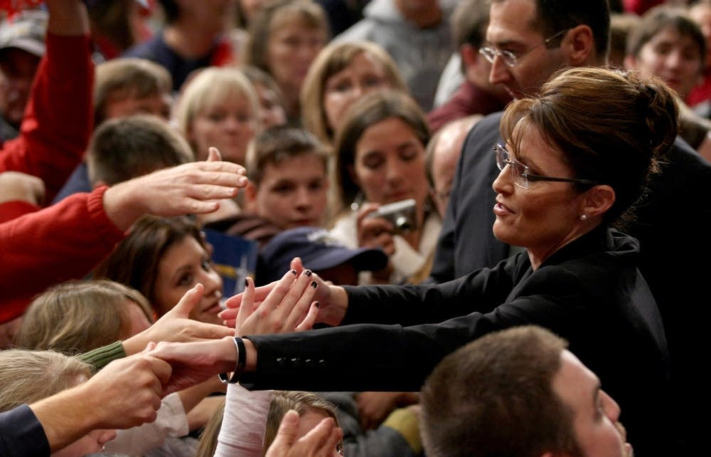 Sarah Palin campaigns in Missouri