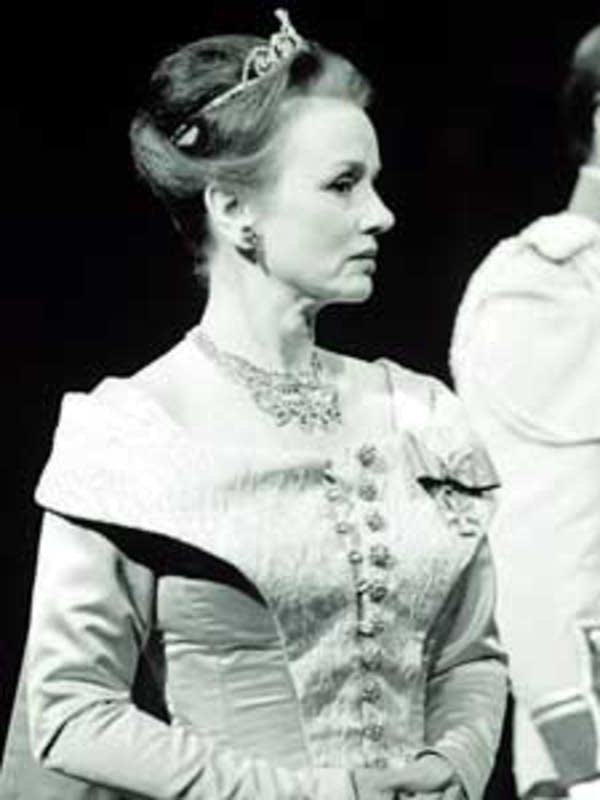 Jessica Tandy as Gertrude