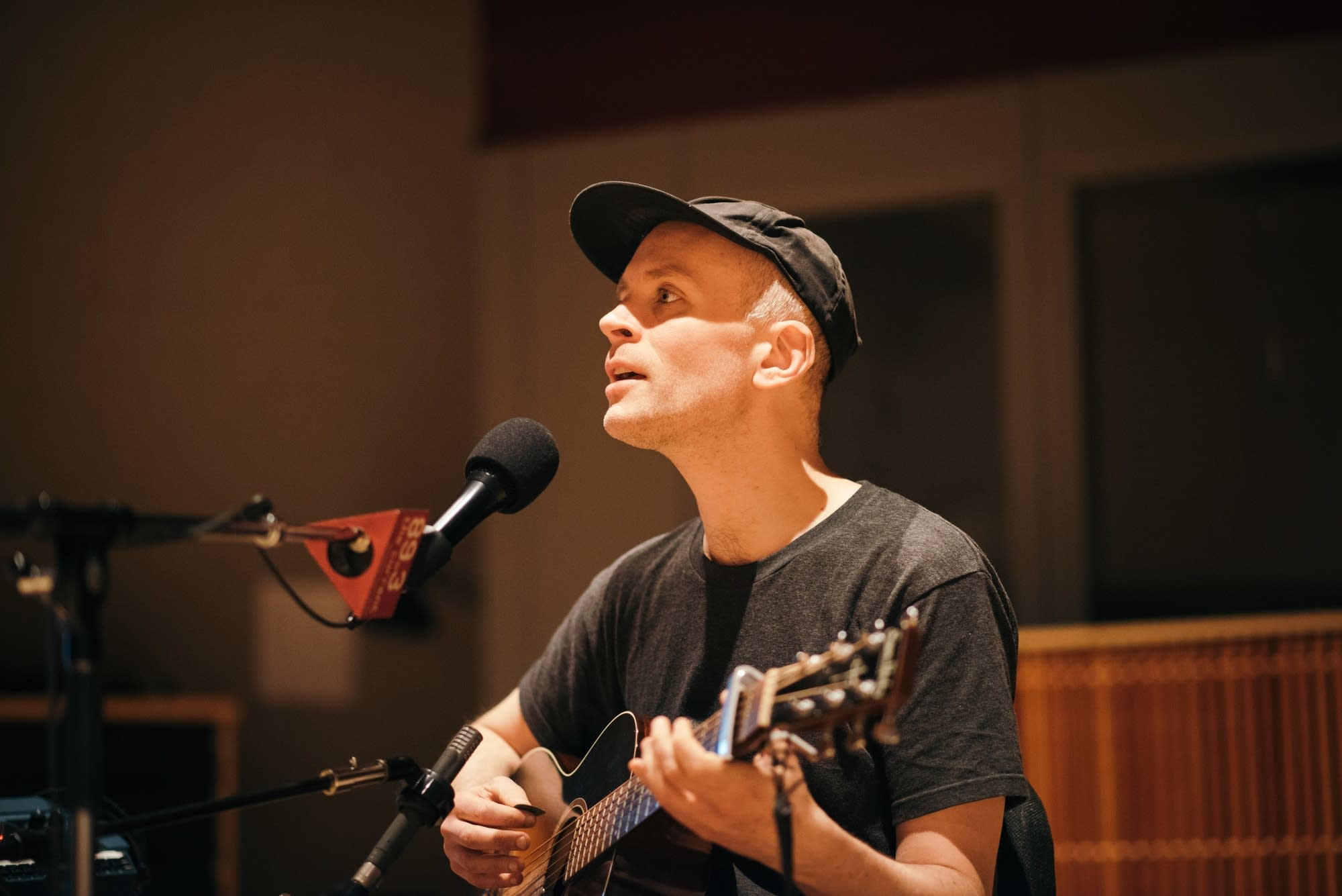 Jens Lekman in The Current studio