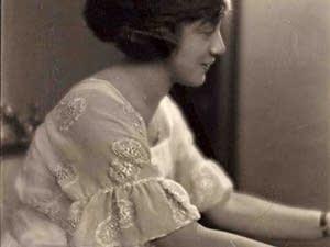 Helen Hagan at the piano